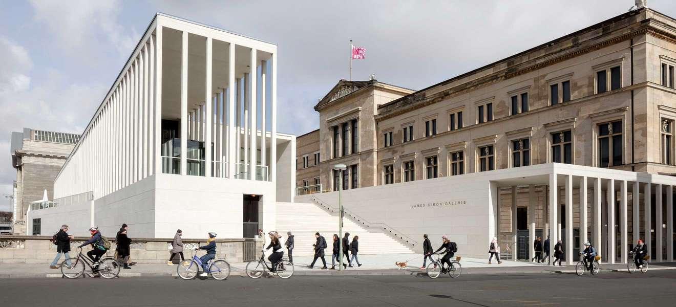 Cu29 Erofffnet In Der Berliner James Simon Galerie Falstaff